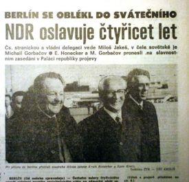 Milouš Jakeš und Erich Honecker in einer Zeitung aus den 80er Jahren