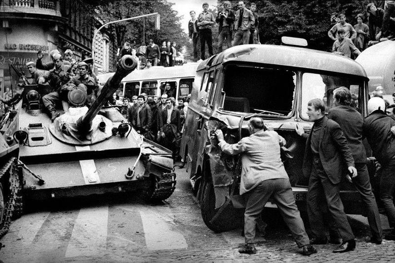Photo: Bohumil Dobrovolský / L'exposition Sovětská invaze/Srpen 1968