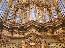 L'orgue à l'église Saint-Jacques dans la Vieille-Ville
