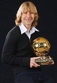 Pavel Nedved con el 'Balón de Oro', foto: CTK