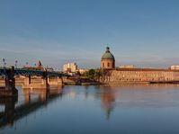 Toulouse, photo: PierreSelim, CC BY 3.0