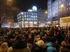 Tausende Tschechen protestierten gegen Zdeněk Ondráček (Foto: Martina Schneibergová)