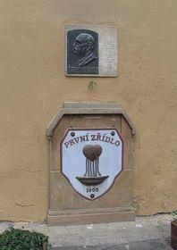 La première source d'eau minérale alcaline, photo: Archives de Radio Prague
