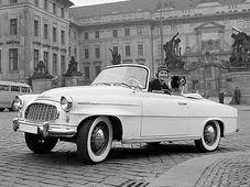 Škoda 450 a Charlotte Sheffield, Miss USA. Reklamní fotografie Viléma Heckela z roku 1957, Foto: Vilém Heckel, CC BY-SA 3.0 Unported