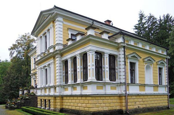 Zámeček ve Vysoké u Příbrami, foto: Marcela Hájková, archiv ČRo