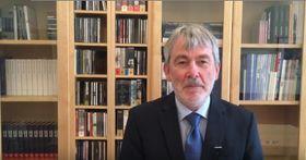 Robert Kvile (Foto: YouTube Kanal der norwegischen Botschaft in Prag)