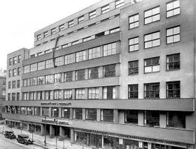 Le bâtiment de la Bourse des Postes