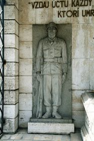 Hrob neznámého vojína ve slovenských Košicích, foto: Peter Zelizňák, Public Domain
