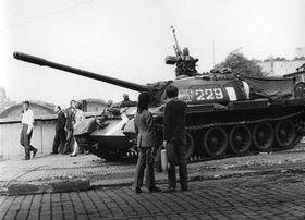 Warsaw Pact invasion of Czechoslovakia in 1968, photo: František Dostál, Wikimedia Commmons, CC BY-SA 4.0