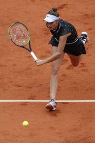Markéta Vondroušová, photo: ČTK/AP Photo/Jean-Francois Badias