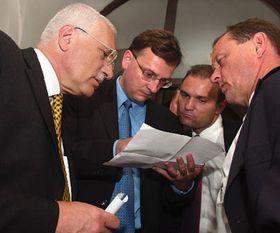 V. Klaus, P. Necas, I. Langer y M. Topolanek, foto: CTK