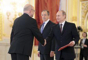 Владимир Ремек, Сергей Лавров и Владимир Путин (Фото: ЧТК)