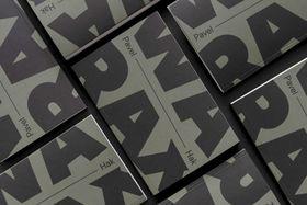 Édition tchèque de Warax, photo Éditions Paper Jam