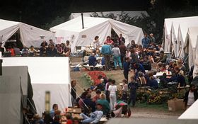 The West German Embassy garden in September 1989, photo: CTK