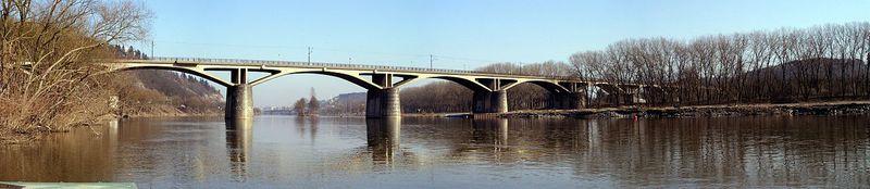 Le«Pont de l'intelligentsia», photo: SimcaCZE, CC BY-SA 3.0