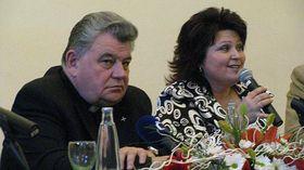 Dominik Duka und Leticie Vránová-Dytrychová (Foto: Martina Schneibergová)