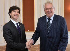 Miloš Zeman y Andrew Schapiro, foto: ČTK
