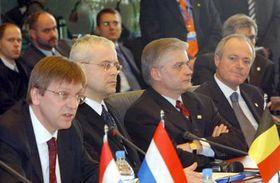 Саммит в Брюсселе, второй слева: Владимир Шпидла (Фото: ЧТК)