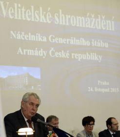 Miloš Zeman en el encuentro con los generales del Estado Mayor de las Fuerzas Armadas, foto: ČTK