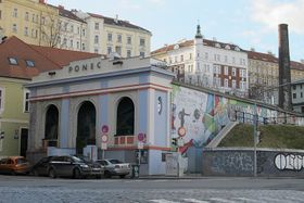 Theater Ponec (Foto: Kristýna Maková)