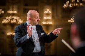 Emmanuel Villaume, photo: PKF Prague Philharmonia, photo: Morris Media