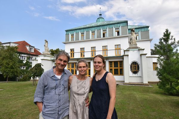 Paul Koch avec sa famille, photo: Ondřej Tomšů