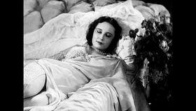 Lída Baarová in 'Zkáza Krásou', photo: Aerofilms