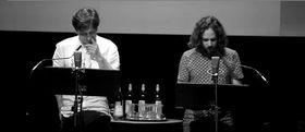 Übersetzungswerkstatt VERSschmuggel (Foto: YouTube Kanal des Hauses für Poesie)