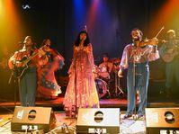 Khamoro 2002