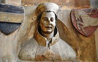 Erzbischof Arnošt z Pardubic (Büste im Triforium des Veitsdoms). Foto: Packare, Wikimedia CC0 1.0