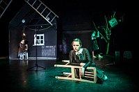 'Es sagt mir nichts, das sogenannte Draußen' (Foto: Dita Havránková, Offizielle Facebook-Seite des Theaters in Prag-Strašnice)