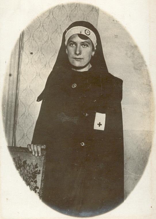 https://img.radio.cz/pictures/c/historie/1_sv_valka_cesi_francie/capek_marcelline_zdravotni_sestra.jpg