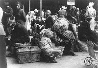 Vertreibung der Deutschen aus der Tschechoslowakei (Foto: Bundesarchiv)