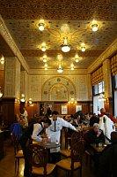 Café Imperial, photo: paddy, CC BY-SA 3.0 Unported