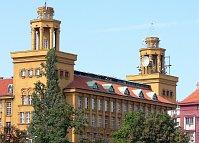 Fibich-Straße - das Gebäude der ehemaligen Telefonzentrale (Foto: Petr Daubner)