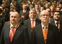 Michal Hašek et Bohuslav Sobotka, photo: Filip Jandourek, ČRo