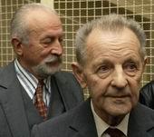Йозеф Ленарт (налево) и Милоуш Якеш (Фото: ЧТК)