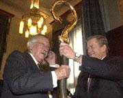Letošním laureátem ceny nadace Vize 97 je Joseph Weizenbaum, Foto: ČTK