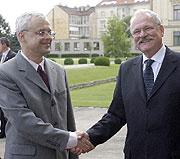 Vladimir Spidla and Ivan Gasparovic, photo: CTK