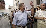 Vaclav Havel bei der Demonstration vor dem Innenministerium (Foto: CTK)