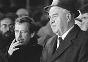 Vaclav Havel and Ladislav Adamec on November 26th 1989, photo: CTK
