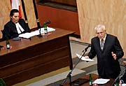 Präsident Václav Klaus vor dem Verfassungsgericht (Foto: ČTK)