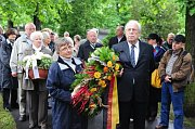 Enthüllung der Gedenktafel in Postoloprty (Foto: ČTK)
