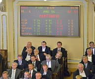 Das Abgeordnetenhaus lehnt Selbstauflösung ab (Foto: ČTK)