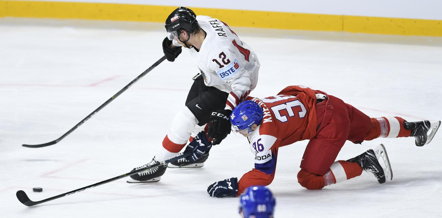 Eishockey.At