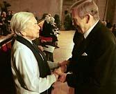Lenka Reinerová et Václav Havel, photo: CTK