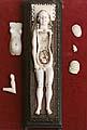 Slonovinový model rodičky kvýuce mediků, konec 17. století (ze sbírek Zdravotnického muzea)
