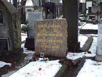 Grab von Herbert Masaryk und seinen Töchtern (Foto: Zákupák, Wikimedia Public Domain)