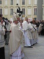 Festgottesdienst zum 450. Jahrestag der Wiederherstellung der Prager Erzdiözese (Foto: Martina Schneibergová)