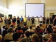Delegace Bambuškova (vlevo) filmu Jan Hus